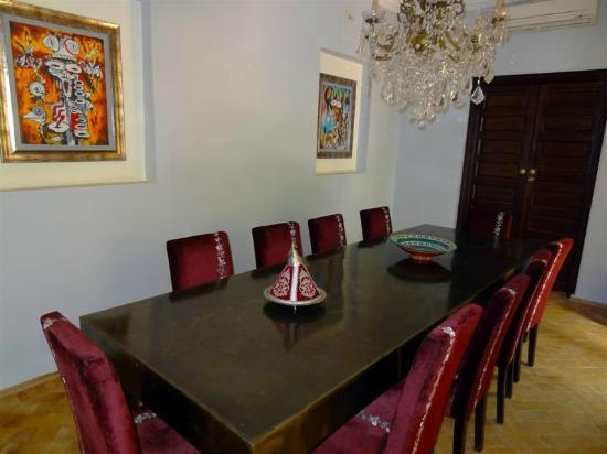 Riad Chafia: Dining Room