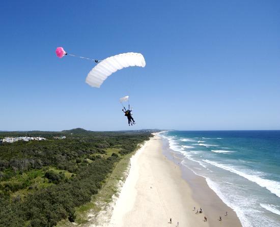 Skydive Ramblers: Coolum Beach