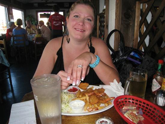 Dinner at Cap'n Roy's