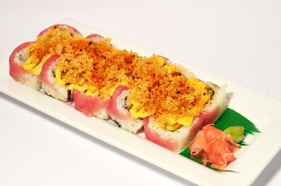 Sensei Cancún: The favorite: Crunchy Spicy Tuna Roll. A MUST.