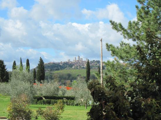 Az Agr Il Vecchio Maneggio: San Gimignano in the distance.