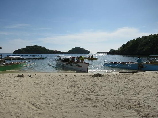 Hundred Islands National Park: Quezon Island