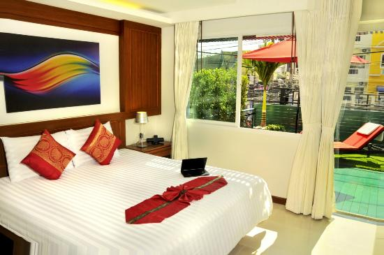 Patong Terrace Boutique Hotel : Deluxe room with terrace