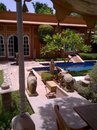 The Oberoi Rajvilas: The Luxury Villa