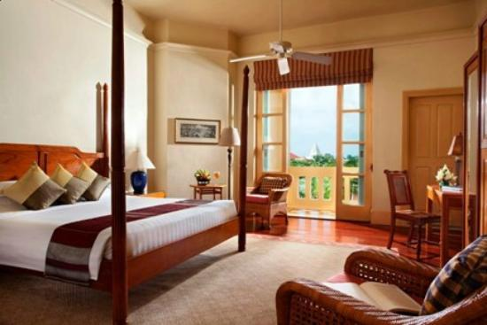 Raffles Grand Hotel d'Angkor: Landmark Room