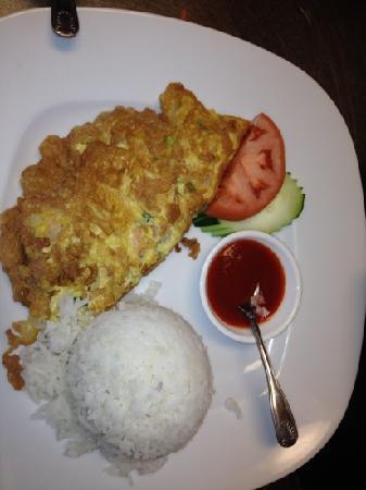 Anong Thai Cuisine: thai style shrimp omelet