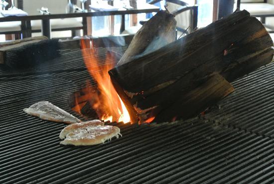 Incontri del pueblo Viejo: fire where they placed our food