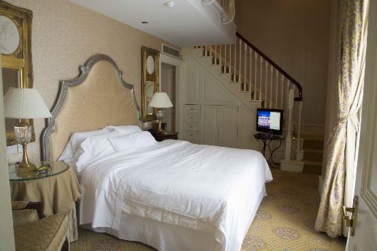 The Westin Dublin : College Suite Bedroom