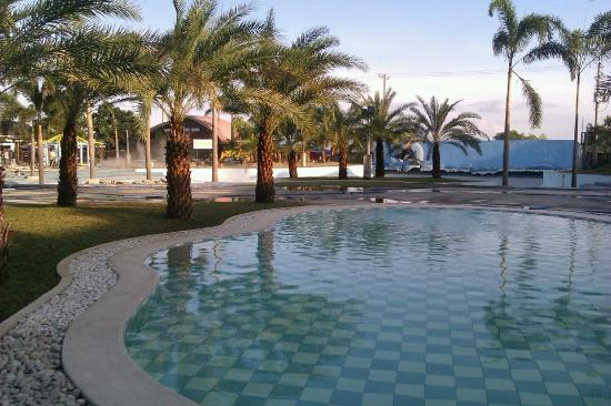 Pool Area Picture Of King 39 S Royale Hotel And Resort Bacolor Tripadvisor