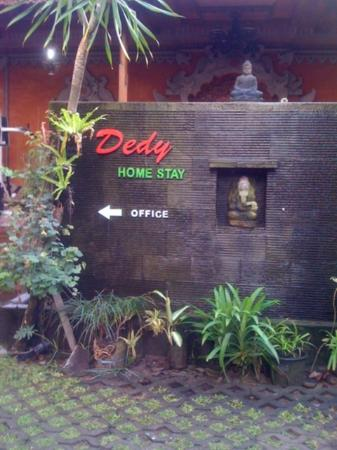 Dedy Beach INN: Best deal!