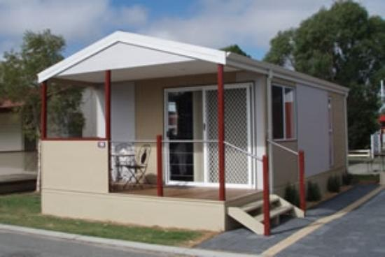 Albany Holiday Park: Deluxe Chalet