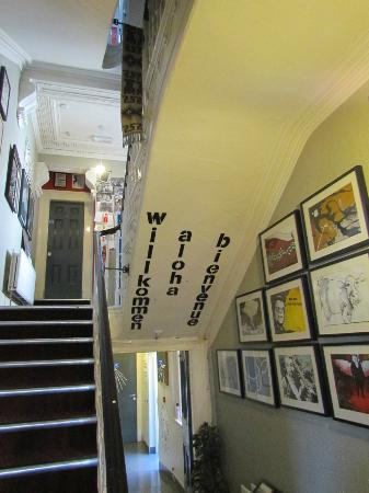 Vagabonds : Stairs & Art