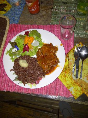 Spare ribs with Garden Salad