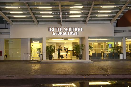 Hotel Sentral Georgetown: Hotel Entrance