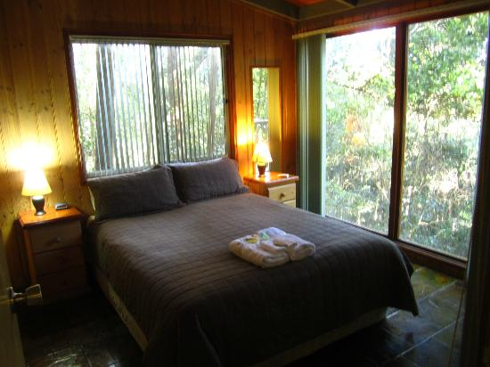Kondalilla Eco Resort: Bedroom-1