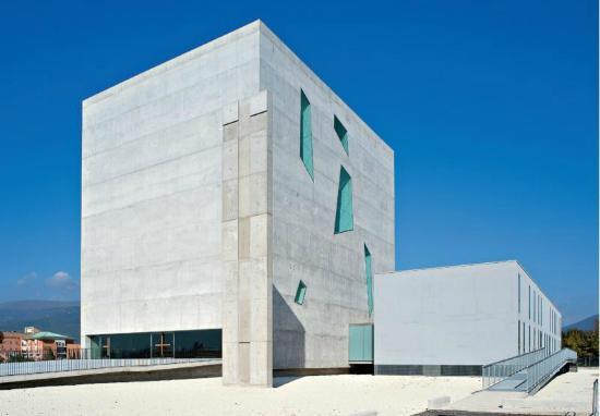 Nuova chiesa di San Paolo a Foligno