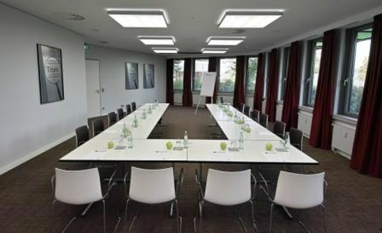 Légère Hotel Wiesbaden - Taunusstein: Konferenzraum