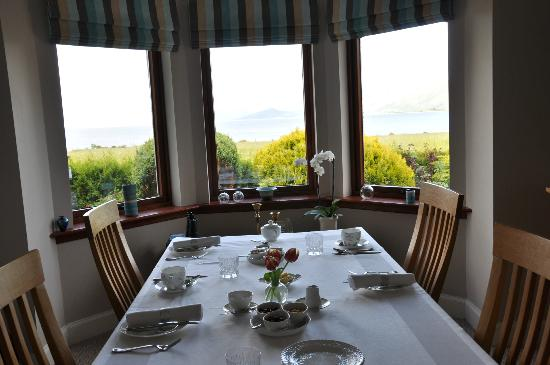 Lochview Guesthouse: Dining