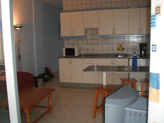 Walkirias Resort: Kjøkken, stue