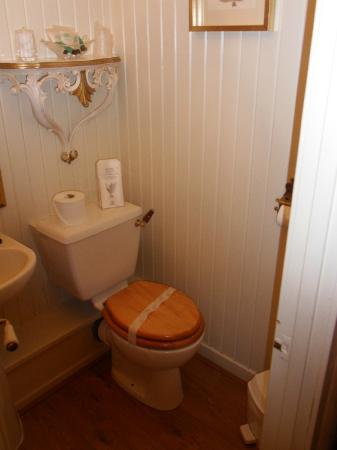 Westview Guest House: badkamer
