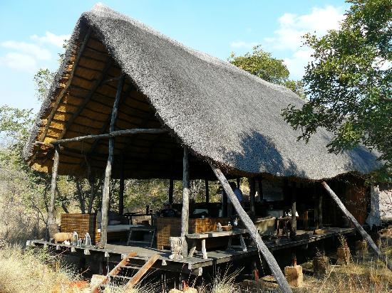 Sioma River Camp: The dining and bar area