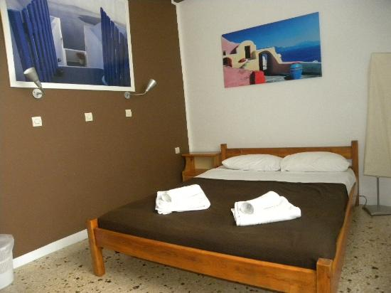 Santorini Facile Fira Rooms: Double Room