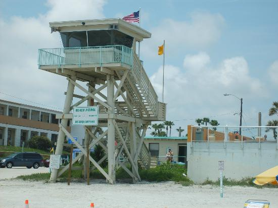 Casa Del Mar, Ascend Resort Collection: LIFEGUARD TOWER SITS NEXT TO RESORT