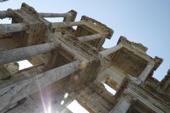 Hotel Akay: Celsus Bibliothek