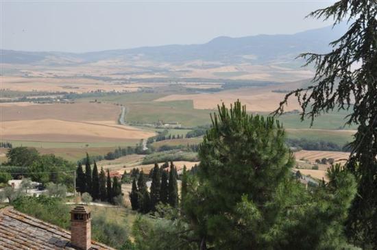 Piazza Pio II: Landschaft um Pienza