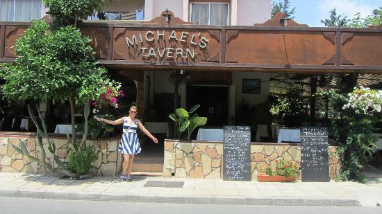 Michael's Tavern: Michaels tavern