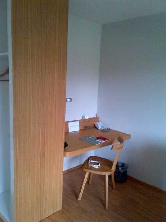 Greulich Design & Lifestyle Hotel: Schreibtisch