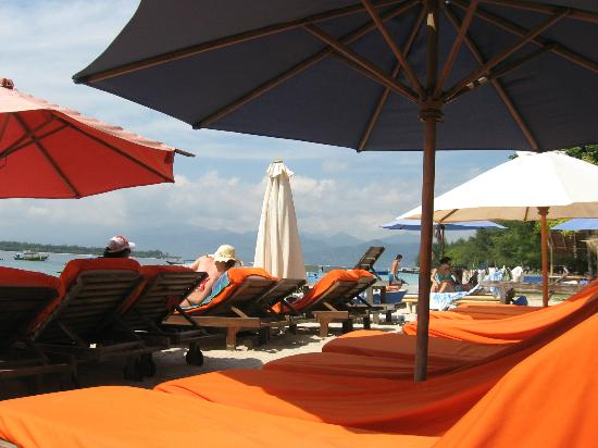 Luce d'Alma Resort & Spa: Private beach area