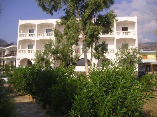 Corali Studios & Portobello Apartments : CORALI STUDIOS