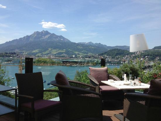 SCALA RESTAURANT - Art Deco Hotel Montana: View from our table on the Terrace