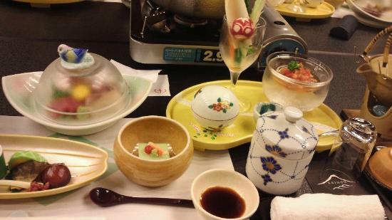 Katsuragawa Saiho: 夕食