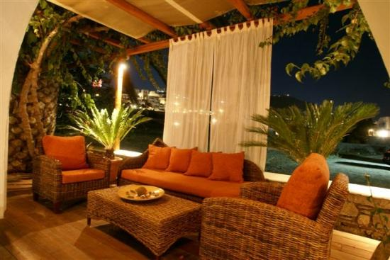 Dionysos Boutique Hotel: relax area