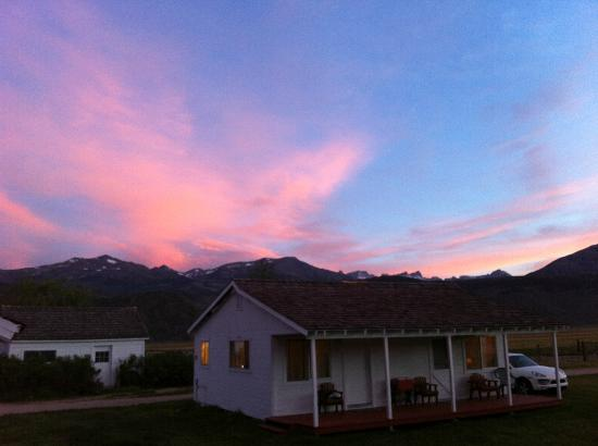 Hunewill Guest Ranch: 1st day sunset