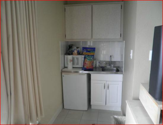 Beachview Hotel: Kitchen Area
