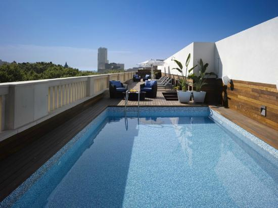 K+K Hotel Picasso: Rooftop Pool