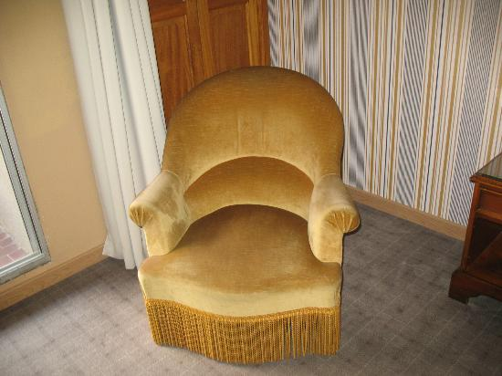 Hotel des Tuileries: Chair