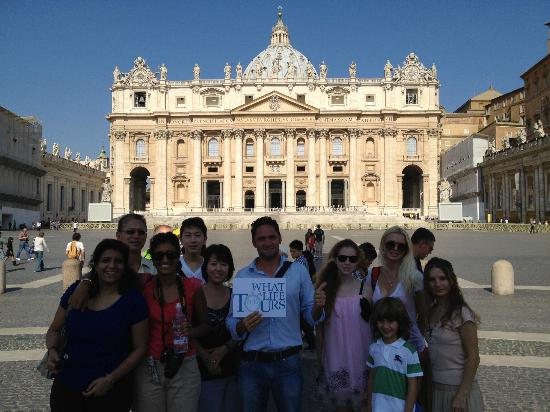 What a Life Tours: Vatican Tour with a great family!