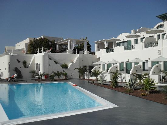Anastasis Apartments : pool area was always nice and quiet