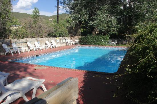 Inn on the Rio: swimming pool
