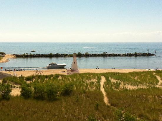 New Buffalo Public Beach: view of beach from boardwalk