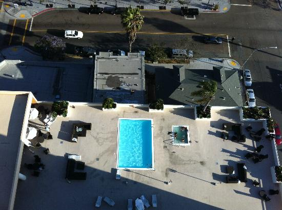 Doubletree Hotel San Diego Downtown: room view of pool