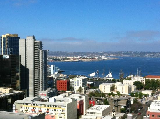 Doubletree Hotel San Diego Downtown: balcony view