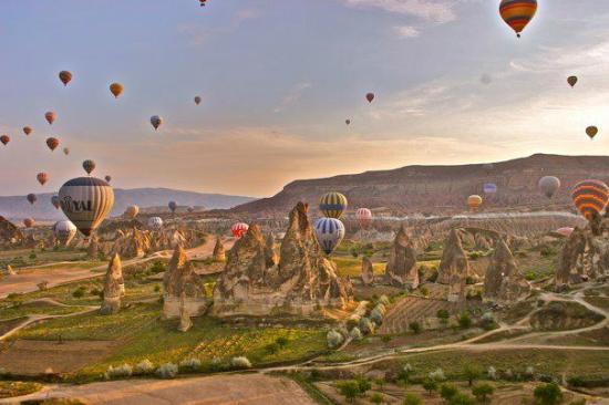 Argos in Cappadocia: Cappadocia, hote air balloon ride