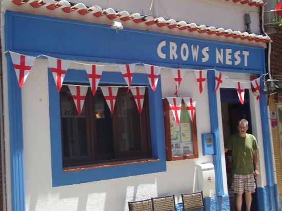 Crows Nest, Rua 25 de Abril, Alvor