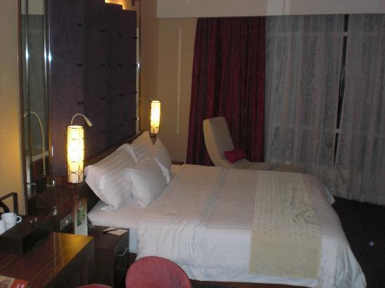 COMO Metropolitan Bangkok: bed