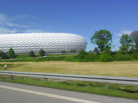 Gasthof Obermeier Hotel: Nice & close to stadium